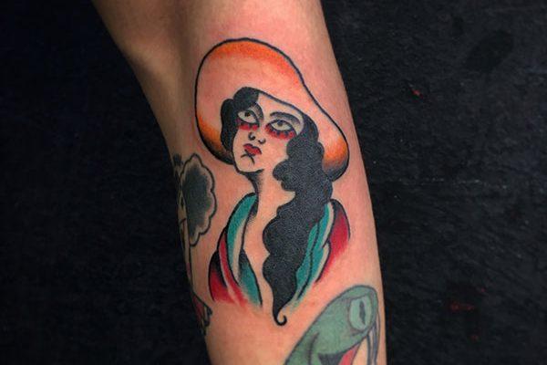 tatuajes-barcelona-lembruix-lluria-pinas-15