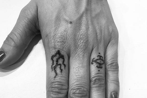 tatuajes-barcelona-lembruix-lluria-pinas-8
